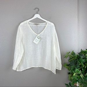 NWT Flax Ivory 100% Linen V Neck Top